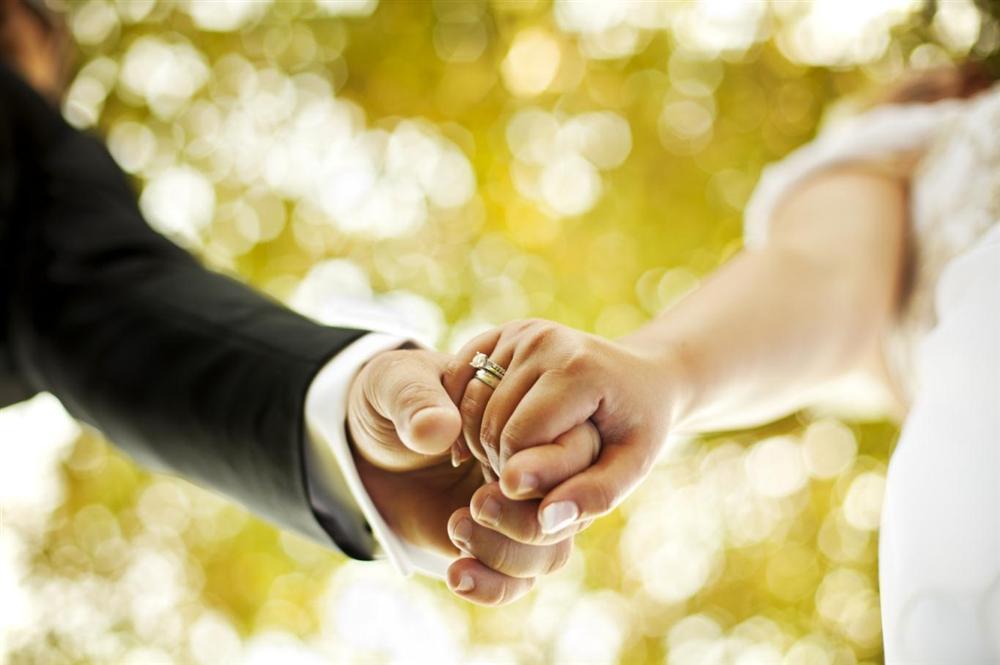 Cuộc hôn nhân dài 14 ngày: Chú rể bỏ người yêu cũ đau đẻ để cưới kẻ thứ 3, ai ngờ, cục diện đảo ngược chỉ vì một tờ giấy xét nghiệm-1