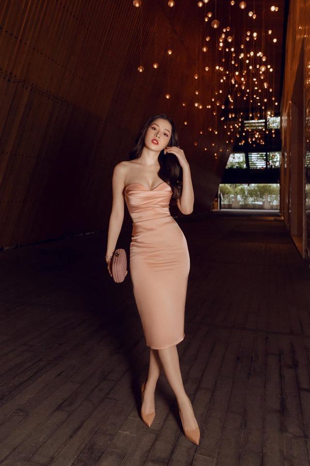 Diễn viên Mai Phương tái xuất rạng rỡ sau giai đoạn tử thần - Chi Pu khoe body đẹp như tạc với đầm cúp ngực-2