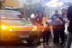 Vụ tố 'cướp' trẻ em ở Sài Gòn, tạm đình chỉ Phó chánh án Quận 4