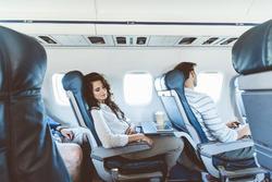 Làm thế nào để có giấc ngủ ngon trên máy bay