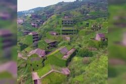 Ngôi làng bỏ hoang hút khách vì đẹp như xứ cổ tích
