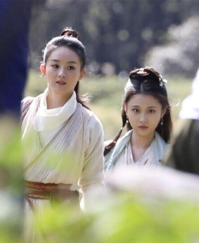 Triệu Lệ Dĩnh chịu cảnh lép vế trước nhan sắc xinh đẹp của Tiểu Lưu Diệc Phi-1