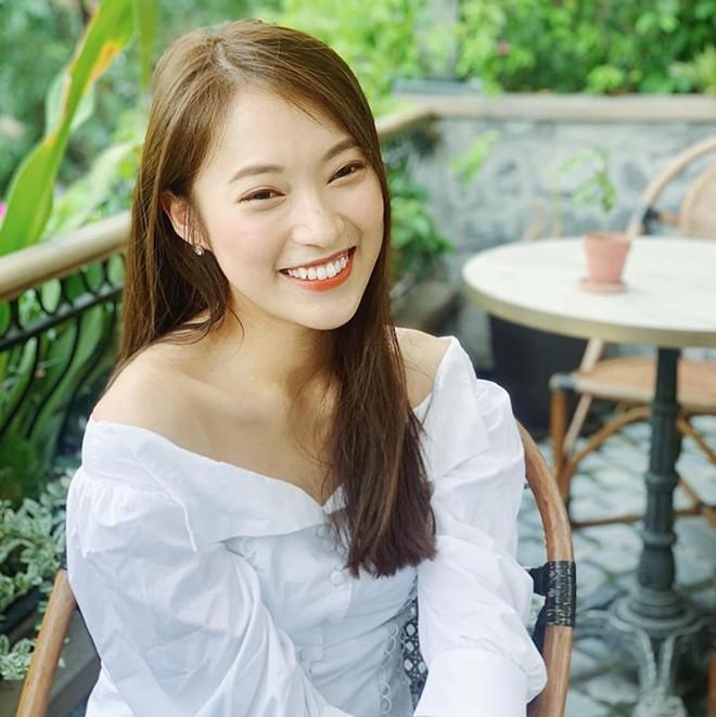 Midu, Khánh Vy và các hot girl được khen đã xinh còn học giỏi-4
