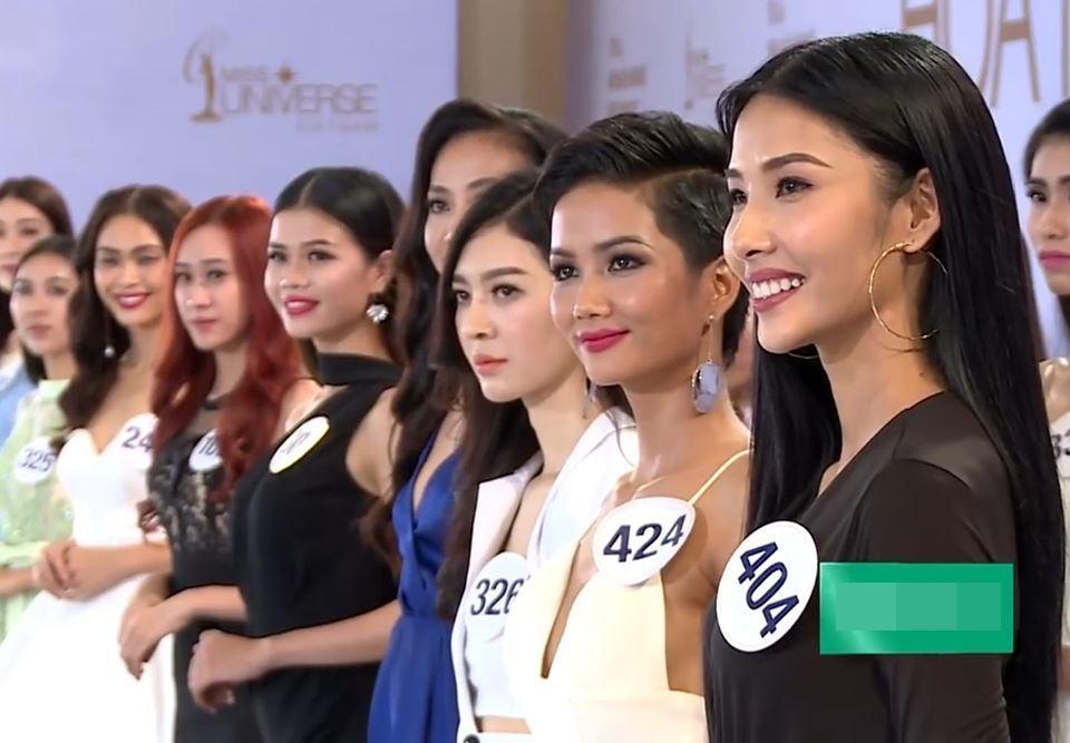 Đẹp nổi bật ngày tuyển sinh, HHen Niê - Phạm Hương - Tiểu Vy được khen thoáng nhìn đã ra hoa hậu-1