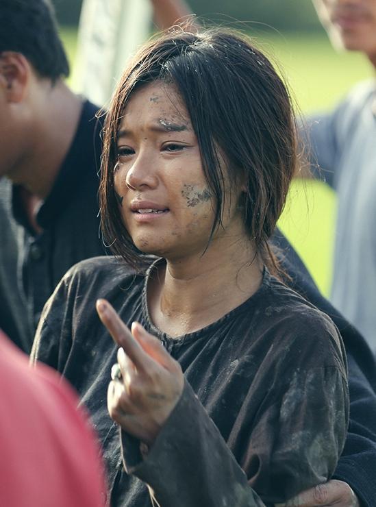 Hoàng Yến Chibi không được nói chuyện với bất cứ ai trên phim trường Thất Sơn Tâm Linh-6
