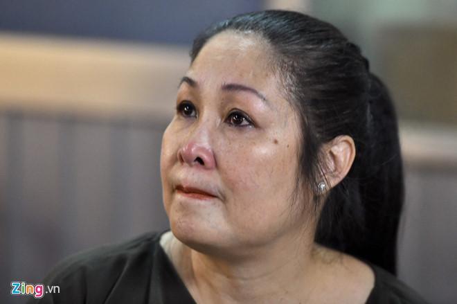 Nghệ sĩ Việt nghẹn ngào sau đêm diễn cuối của sân khấu kịch Hồng Vân-1