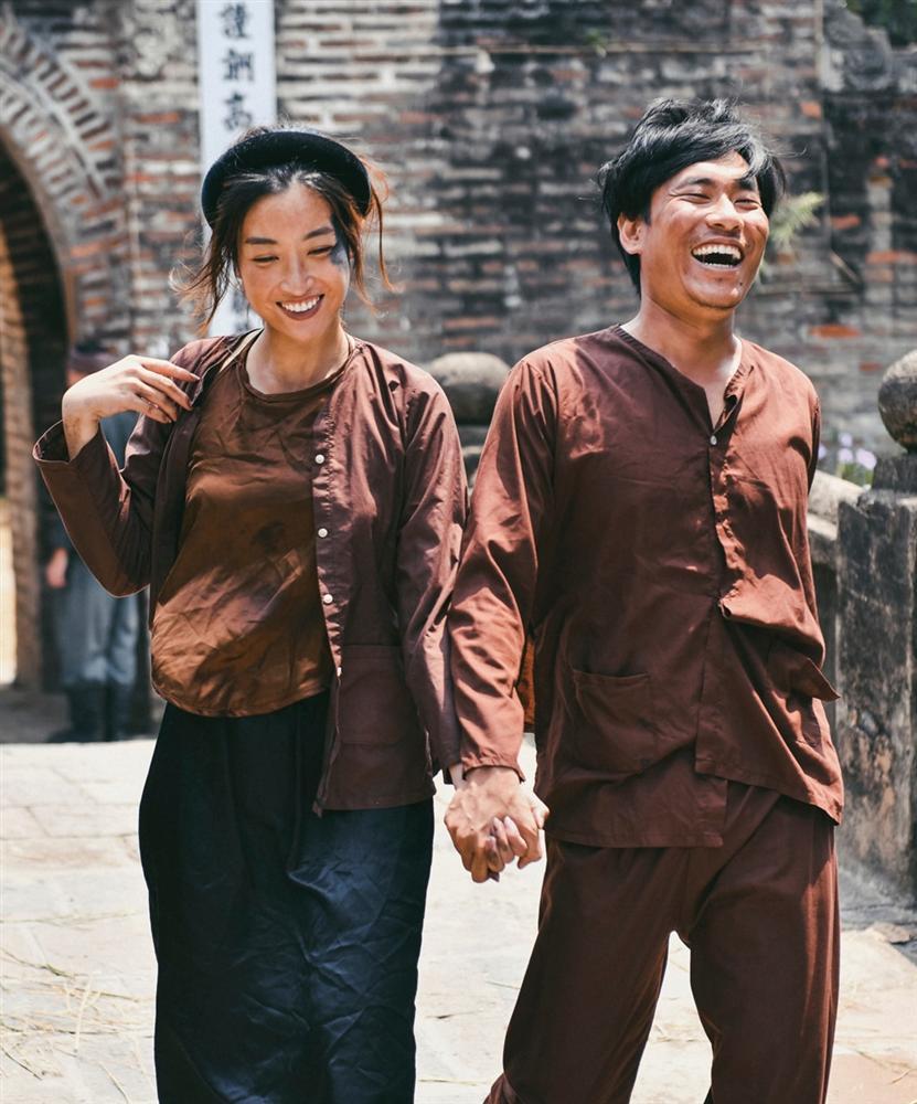 Đỗ Mỹ Linh đóng vai Thị Nở trong MV mới của Đức Phúc nhưng người xem chỉ thấy hàm răng sai quá sai-1