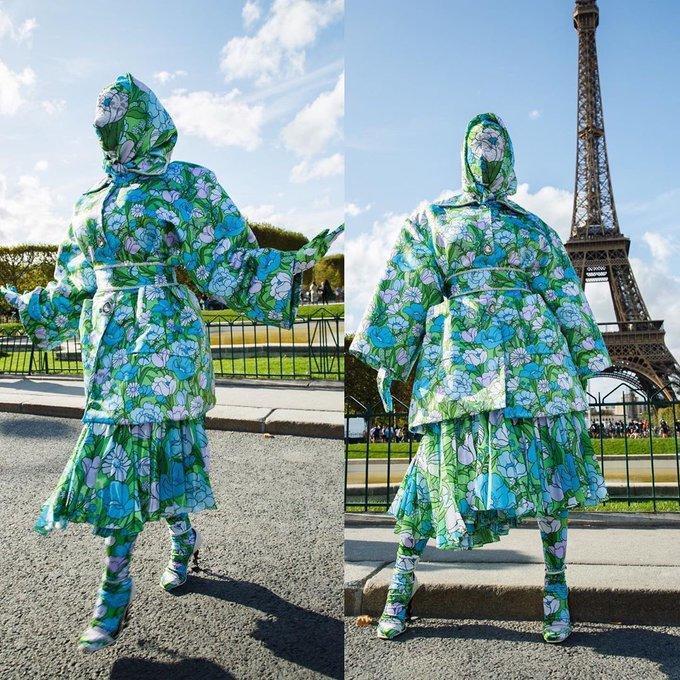 Cardi B gây sốc với trang phục kín mít như ninja tại tuần lễ thời trang Paris 2019-1