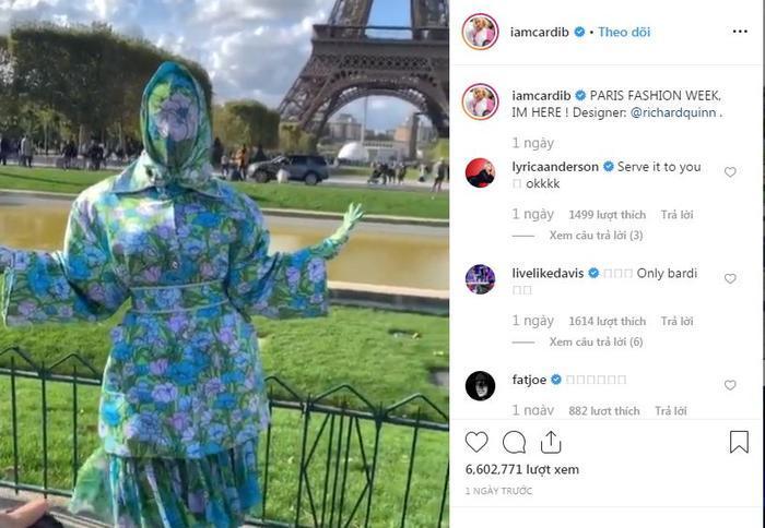 Cardi B gây sốc với trang phục kín mít như ninja tại tuần lễ thời trang Paris 2019-8