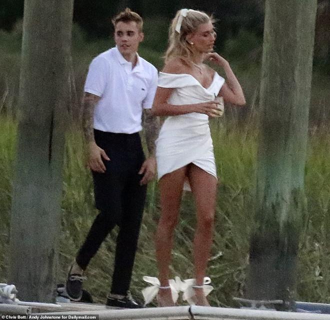 Justin Bieber và vợ xuất hiện, chuẩn bị làm lễ cưới-1