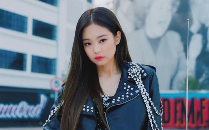 Jennie (BlackPink) là nghệ sĩ solo đầu tiên của Kpop làm được kỳ tích này trên đất Mỹ-1