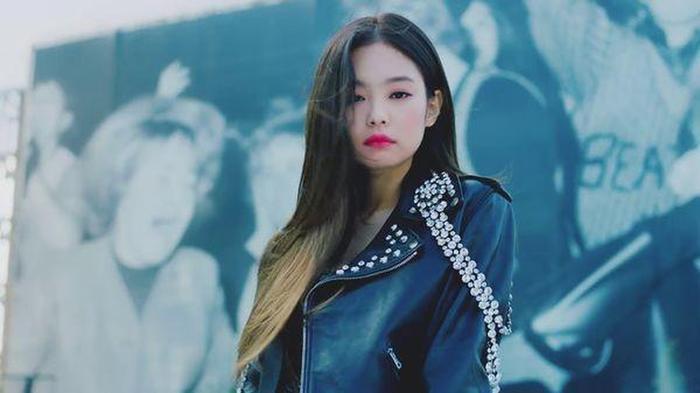 Jennie (BlackPink) là nghệ sĩ solo đầu tiên của Kpop làm được kỳ tích này trên đất Mỹ-3