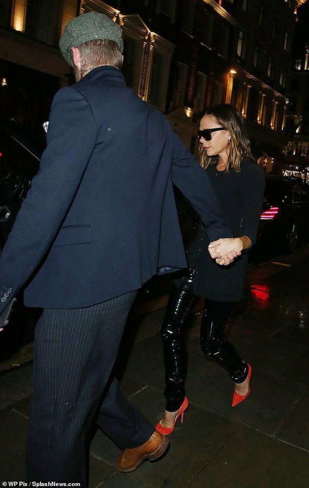 David Beckham và vợ hẹn hò lãng mạn đi ăn tối, xóa tan tin đồn ly hôn-1