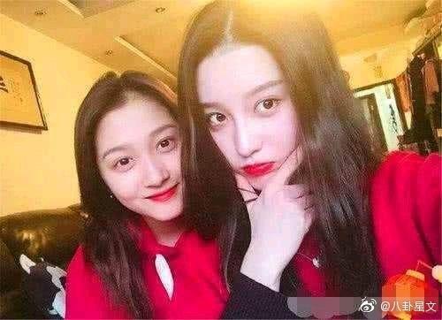 Ngoại hình xinh đẹp không thua kém sao hạng A của con gái Lục Tiểu Linh Đồng-5