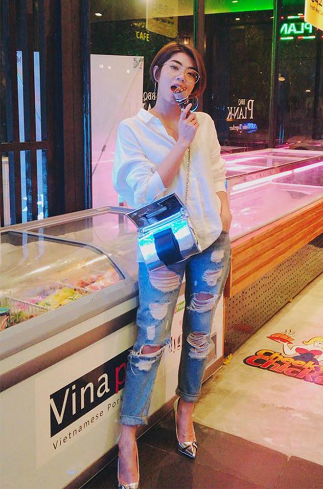 Bí quyết phối đồ với quần jeans đẹp như Hà Tăng và dàn mỹ nhân Việt-8