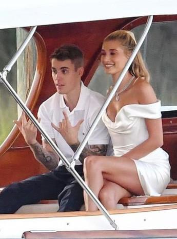 Justin Bieber lấy lại vẻ ngoài phong độ trong ngày cưới-3