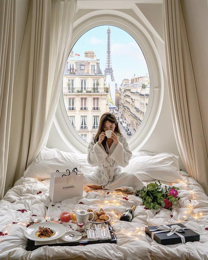Khách sạn có ô cửa sang chảnh, nhìn thẳng tháp Eiffel-1