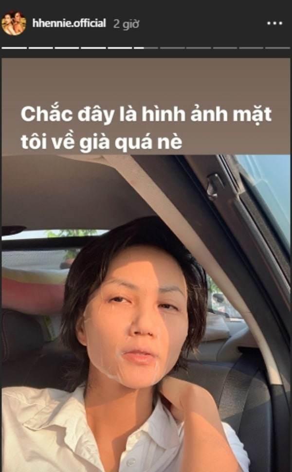 Làng giải trí Hoa ngữ có Phạm Băng Băng, showbiz Việt có HHen Niê dưỡng da bất chấp địa điểm-2