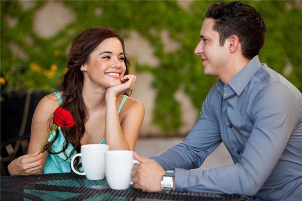 Quen nhau 2 ngày, cô gái thắc mắc tiền lương khiến chàng trai phản cảm nhờ cộng đồng mạng tư vấn-1