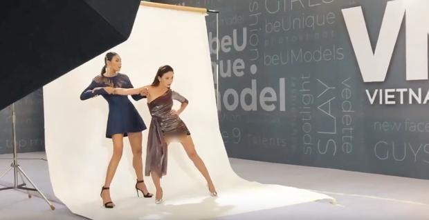Mâu Thủy lại mém lộ hàng vì váy áo quá ngắn khi làm giám khảo Vietnams Next Top Model-3