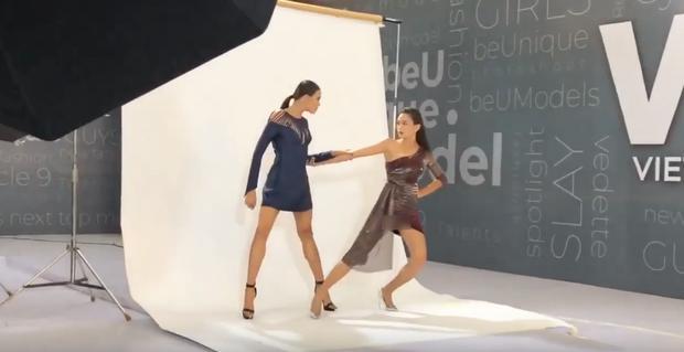 Mâu Thủy lại mém lộ hàng vì váy áo quá ngắn khi làm giám khảo Vietnams Next Top Model-4