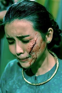 Cao Thái Hà bị rạch mặt, khán giả cả nước hả hê: 'Kẻ ác đã bị trừng phạt'