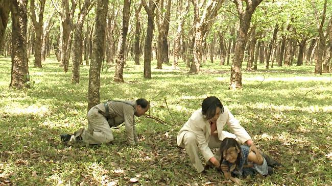 Cao Thái Hà bị rạch mặt, khán giả cả nước hả hê: Kẻ ác đã bị trừng phạt-9