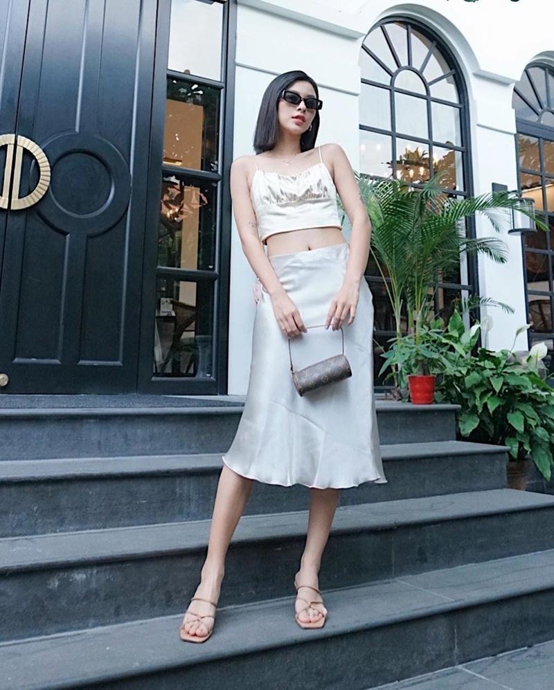 Diệu Nhi khoe street style ngày càng sành điệu ngỡ bản sao của Ngọc Trinh-9