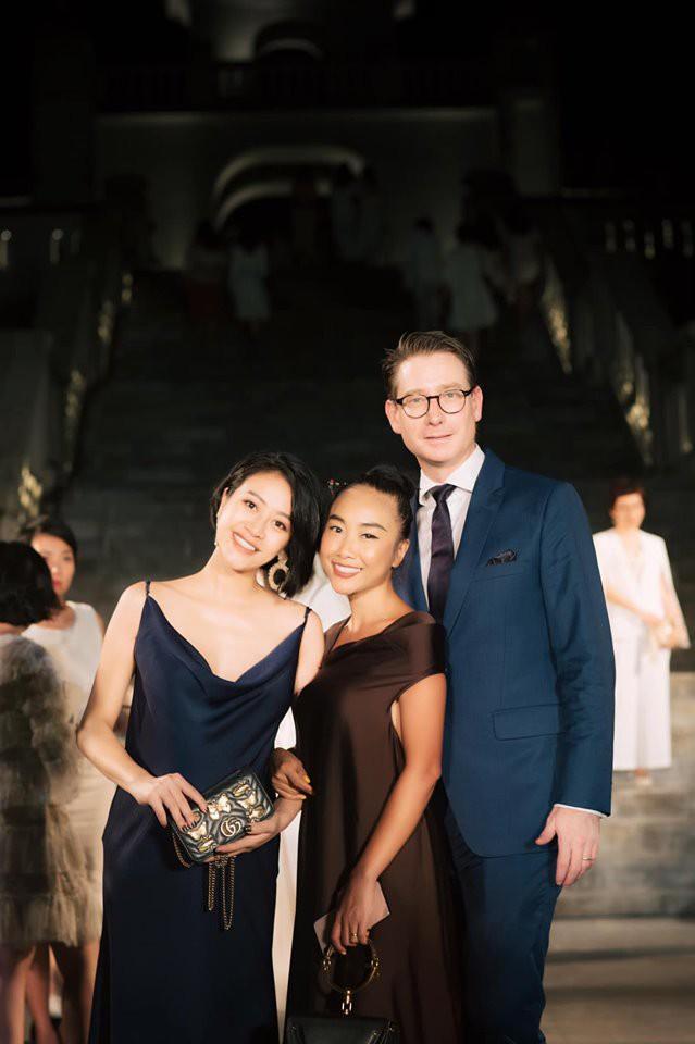 Sau 4 tháng kết hôn với người đàn ông quyền lực VTV, ngoại hình MC Phí Linh thay đổi chóng mặt-11