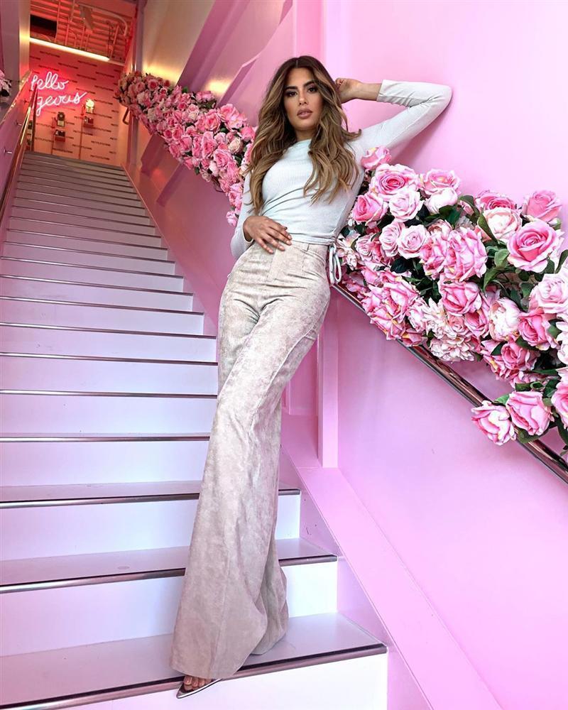 Bản tin Hoa hậu Hoàn vũ 2/10: Nhan sắc Hoàng Thùy có xứng với vương miện DIC 7 tỷ?-10