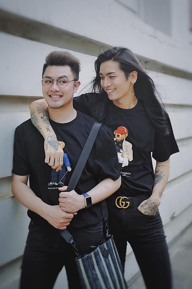 Kỉ niệm 6 năm gắn bó, BB Trần và người yêu đồng giới gây xôn xao bằng bức ảnh cởi trần nóng rẫy mắt-2