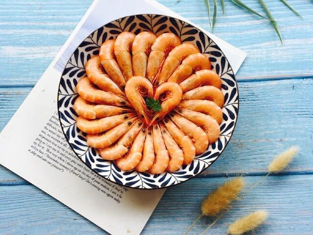 Hấp tôm thêm một thứ quen thuộc đảm bảo thơm ngon, thịt mềm, ăn không sót con nào-9
