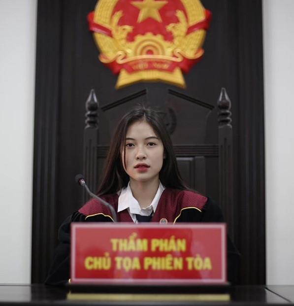 20 tuổi ngồi ở vị trí thẩm phán, 9X gốc Quảng Trị liên tục bị truy lùng info-1