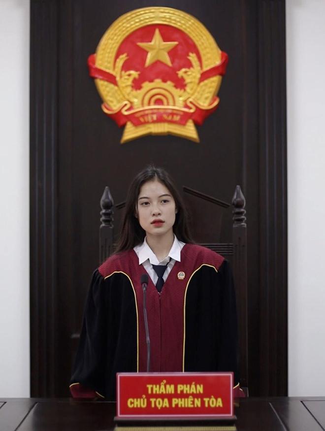 20 tuổi ngồi ở vị trí thẩm phán, 9X gốc Quảng Trị liên tục bị truy lùng info-2