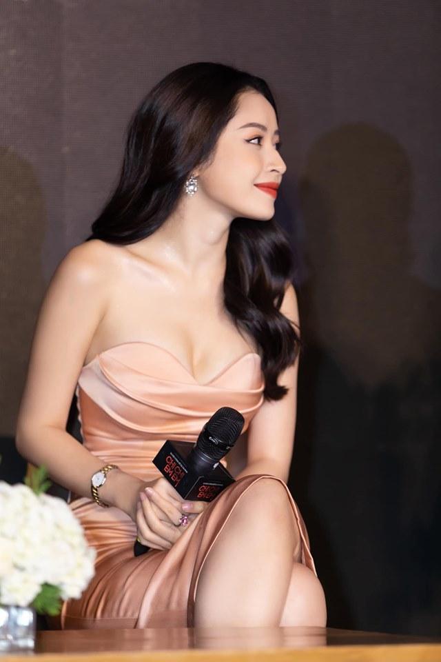 Halloween chưa đến mà Lâm Khánh Chi đã trang điểm dọa ma - Phi Thanh Vân make-up lòe loẹt-6