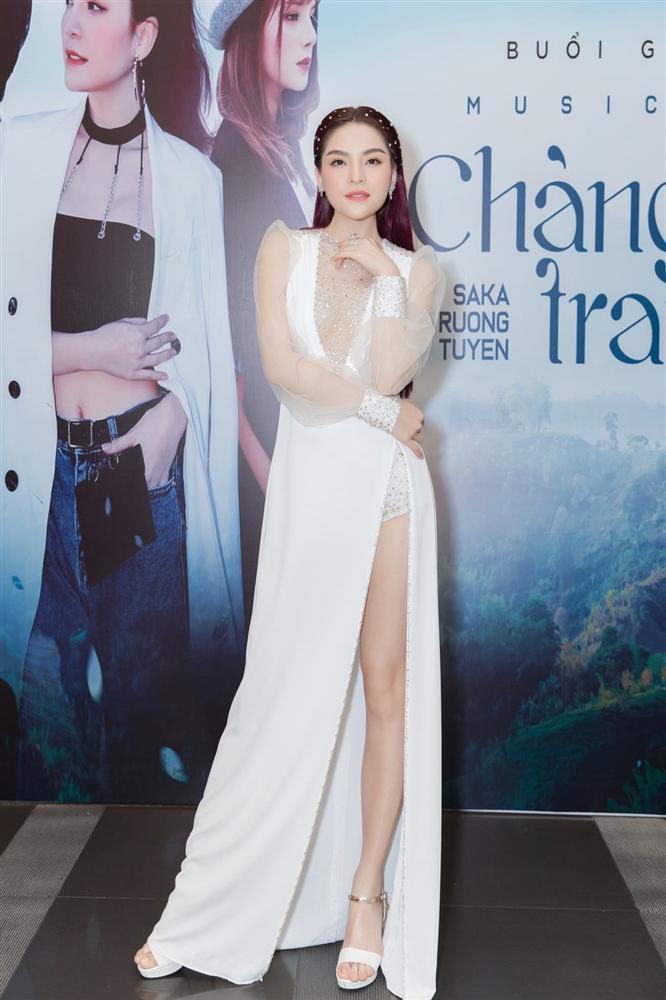 THỜI TRANG THẢM ĐỎ: Diện set đồ basic nhưng Sam vẫn tạo nét lấn át dàn Hoa hậu nhờ món phụ kiện siêu độc-11