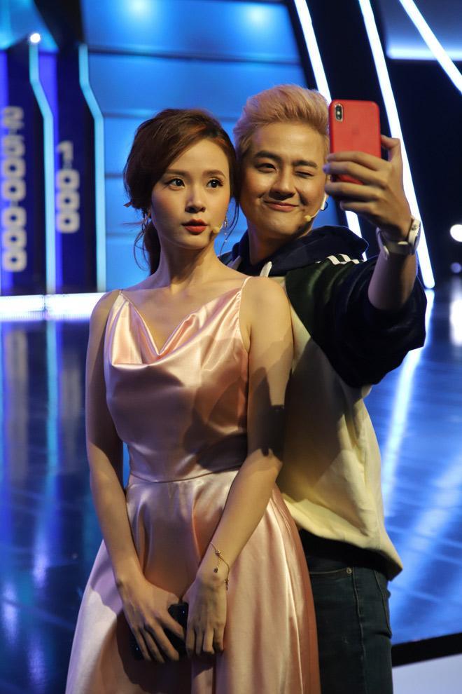 Đầm lụa tai hại khiến Midu gặp sự cố kém duyên y chang Park Min Young-3