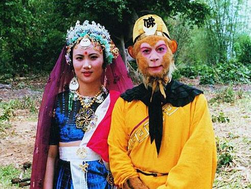 Dù đã 60 tuổi nhưng Tôn Ngộ Không Lục Tiểu Linh Đồng vẫn công khai nịnh vợ trên mạng xã hội-2