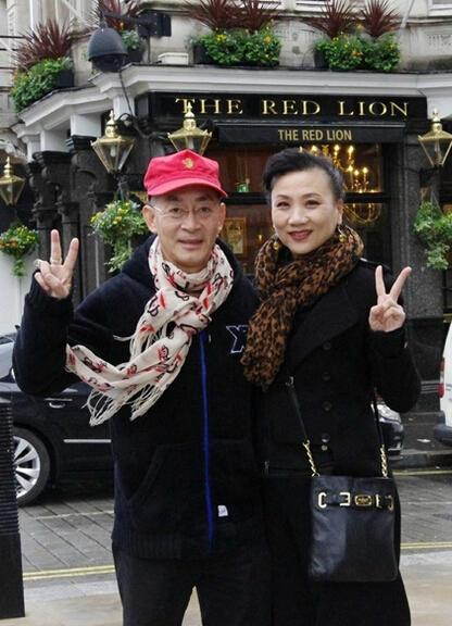 Dù đã 60 tuổi nhưng Tôn Ngộ Không Lục Tiểu Linh Đồng vẫn công khai nịnh vợ trên mạng xã hội-4