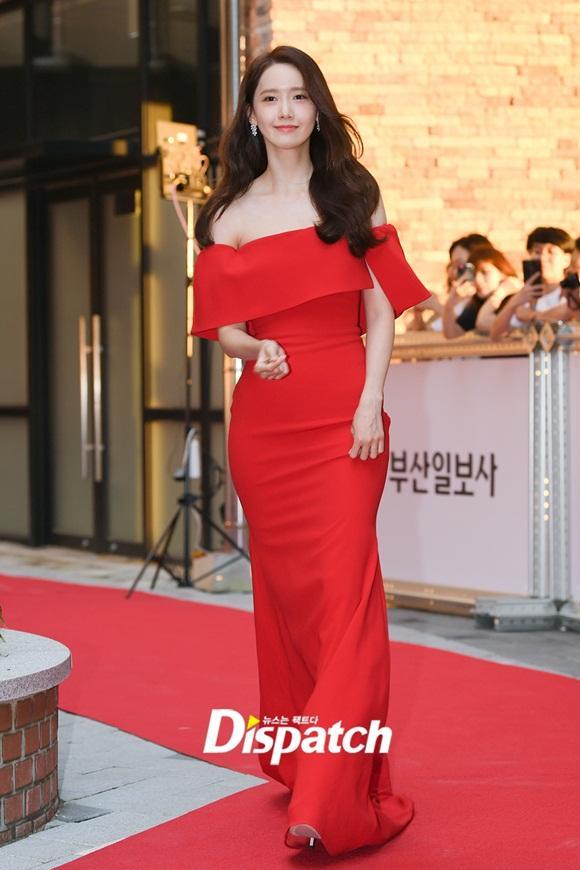 Nhan sắc đẹp tựa nữ thần của Yoona không hề thay đổi sau 12 năm hoạt động Kbiz-2