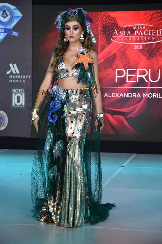 Quốc phục của Thu Hiền bị chê không liên quan, trắng tay tại Hoa hậu Châu Á Thái Bình Dương 2019-3