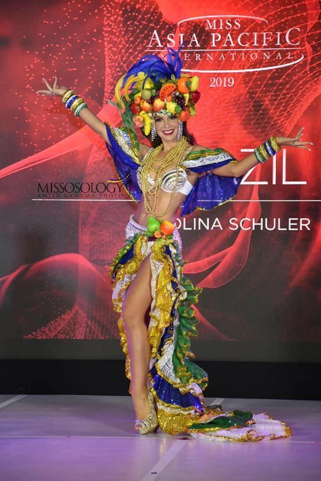 Quốc phục của Thu Hiền bị chê không liên quan, trắng tay tại Hoa hậu Châu Á Thái Bình Dương 2019-7