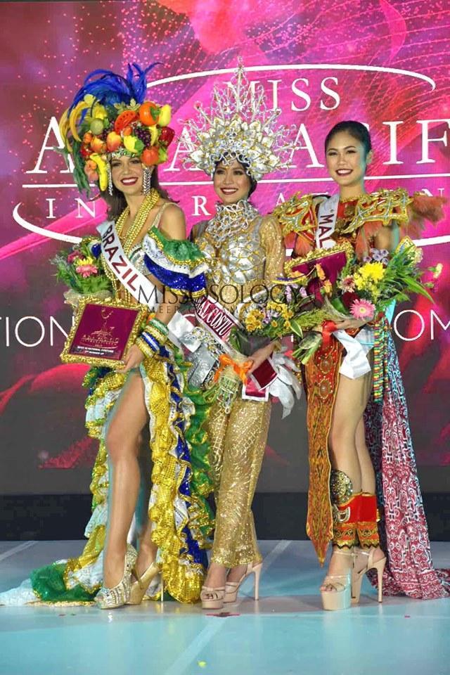 Quốc phục của Thu Hiền bị chê không liên quan, trắng tay tại Hoa hậu Châu Á Thái Bình Dương 2019-18