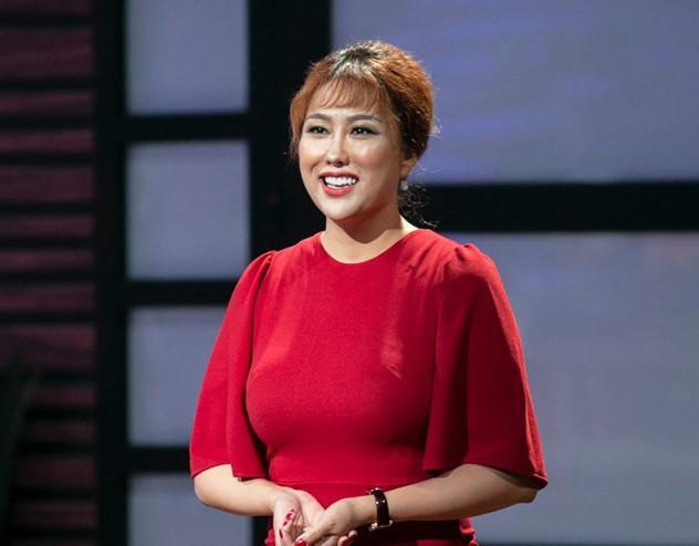 Phi Thanh Vân tung ảnh bán khỏa thân nhưng bị nghi photoshop bóp eo đến nát hình-7