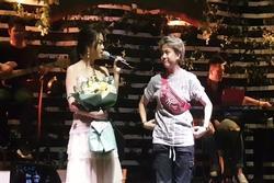 Vì chiều Phạm Quỳnh Anh, Bảo Hân dù chán ngấy nhạc phim 'Về Nhà Đi Con' vẫn nhiệt tình cất giọng