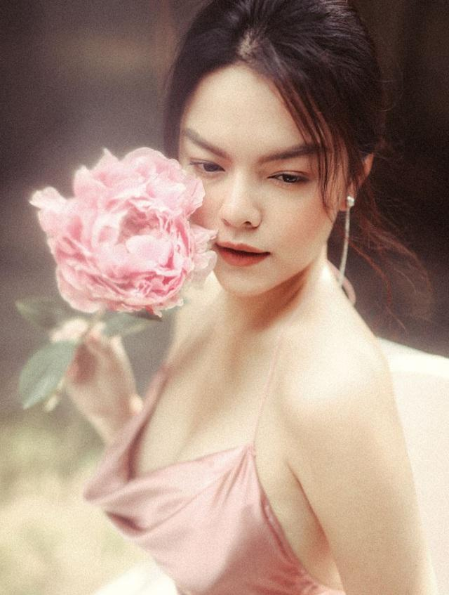 Vì chiều Phạm Quỳnh Anh, Bảo Hân dù chán ngấy nhạc phim Về Nhà Đi Con vẫn nhiệt tình cất giọng-3