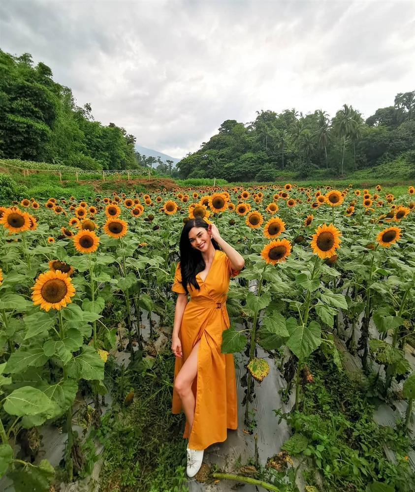 Bản tin Hoa hậu Hoàn vũ 5/10: Miss nông thôn HHen Niê sáng rực giữa dàn mỹ nữ váy vóc lồng lộn-4