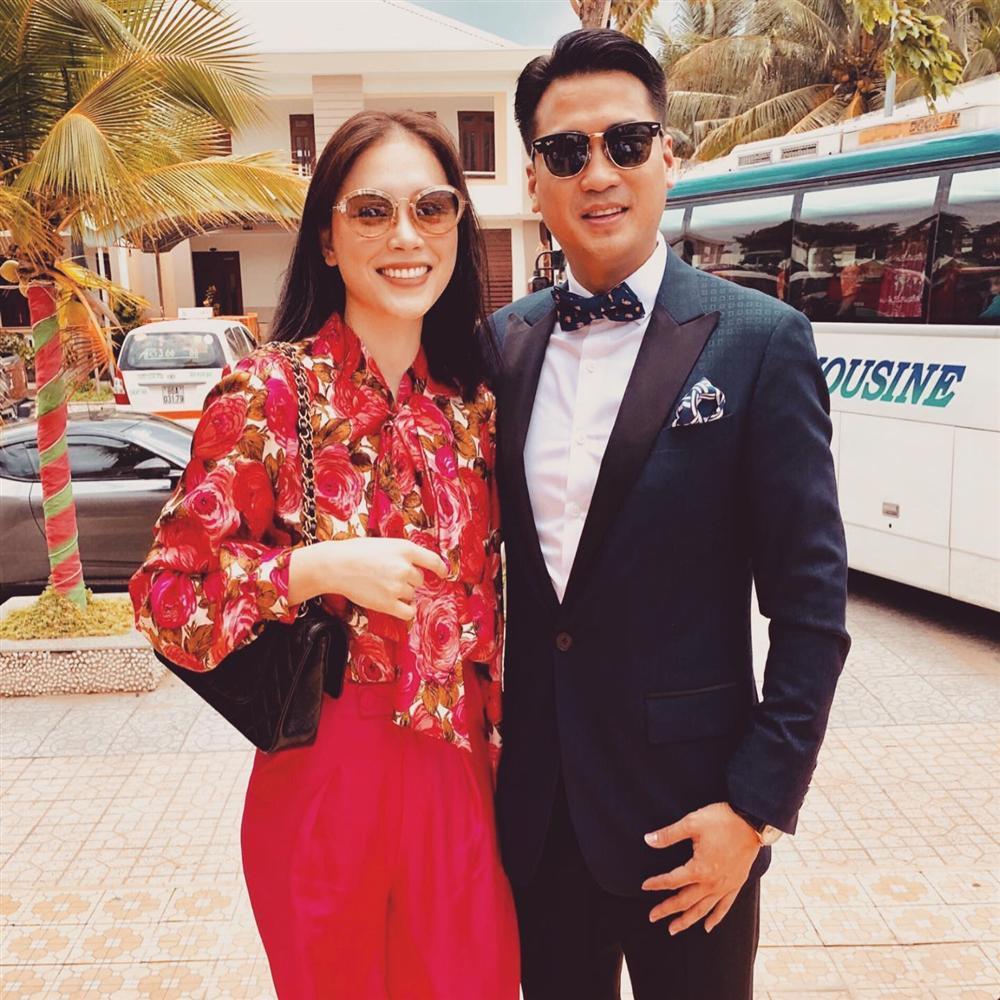 Em chồng Tăng Thanh Hà dắt Linh Rin đi 10 cửa hàng, mua tặng quà hàng trăm triệu sau khi công khai hẹn hò-4
