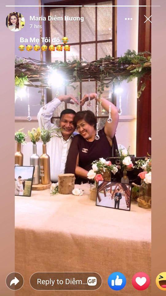 Hoa hậu Diễm Hương tự hào đăng ảnh bố mẹ sau thời gian bị từ mặt ngỡ không thể giải hòa-1