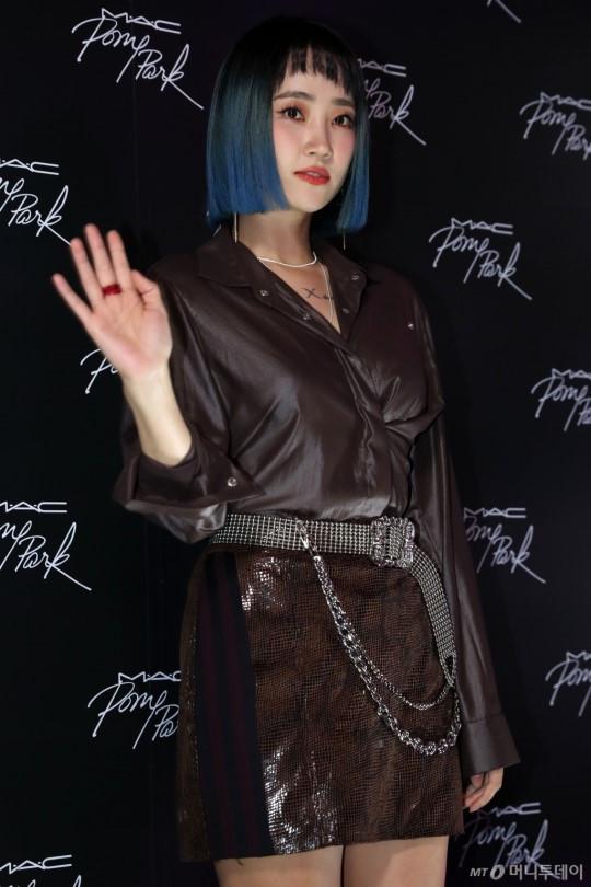 Nữ thần tượng xấu nhất Kpop xuất hiện xinh đẹp nhờ giảm cân, đổi kiểu make up-7